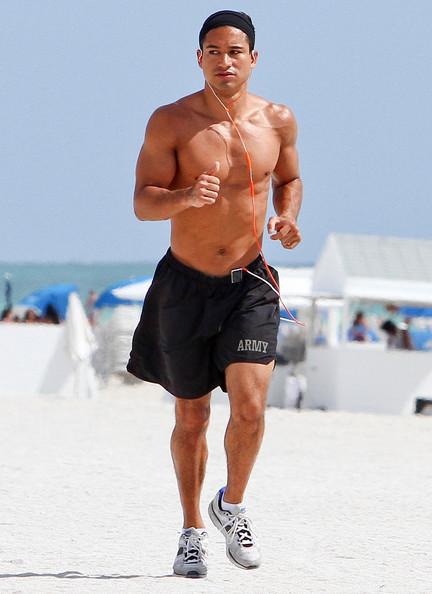 Mario Lopez Jogs