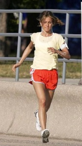 Jennifer Anniston Jogs