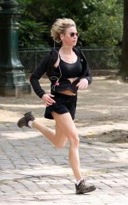 Renee Zellweger Jogs