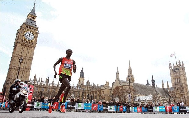 Wilson Kipsang Cruising to Victory in London